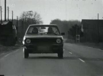 Beobachtung eines West-Berliner PKW bei der Fahrt durch die DDR