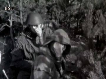 """Soldaten des MfS-Wachregiments """"F. E. Dzierzynski"""" Berlin bei Übungseinheiten"""