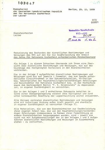 """Anweisungen zur """"Reduzierung des Bestandes der dienstlichen Bestimmungen und Weisungen des MfS"""""""