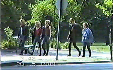 Beobachtung von Punks in Ost-Berlin