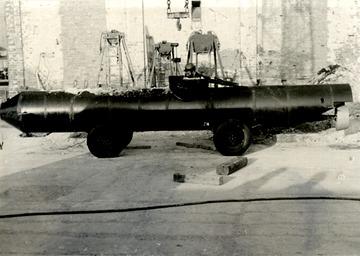 Fotodokumentation eines bei einem Fluchtversuch beschlagnahmten U-Boots