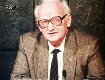 """Propagandavideo """"Zurückgekehrt - Interview mit Enttäuschten"""" über Rückkehrer in die DDR"""