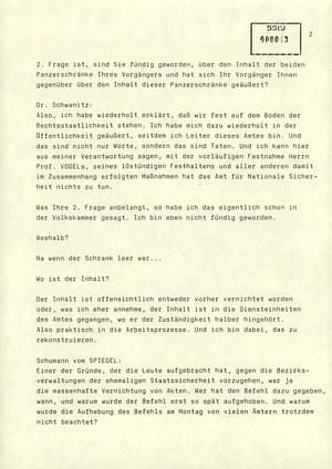 Regierungspressekonferenz mit dem AfNS-Leiter Schwanitz