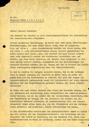 Reaktion Ernst Wollwebers an Erich Honecker zum Entwurf eines Schreibens an die MfS-Parteiorganisationen