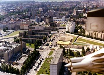 Luftbildaufnahmen der Grenzübergangsstelle Heinrich-Heine-Straße