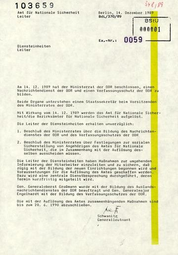 Schreiben von Schwanitz an die Leiter der Diensteinheiten zur Auflösung des AfNS