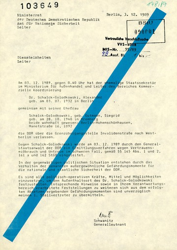 Schreiben von Schwanitz an die Leiter der Diensteinheiten des AfNS wegen der Flucht von Alexander und Sigrid Schalk-Golodkowski