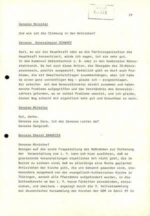 Dienstbesprechung zwischen Mielke und den Chefs der Bezirksverwaltungen