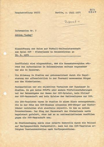 Reise der Touristendelegation zum Spiel DDR-Niederlande während der WM 1974