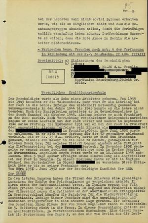 """Anklageschrift gegen einen Postangestellten wegen """"Boykotthetze"""" während des Volksaufstandes"""