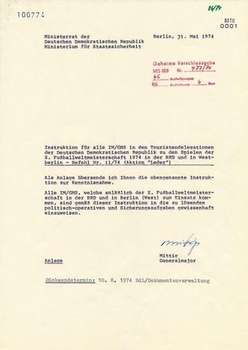 Instruktion für Inoffizielle Mitarbeiter in den Touristendelegationen zur Fußball-Weltmeisterschaft 1974