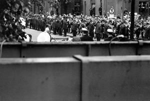 Empfang der britischen Königin Elizabeth II. am Rathaus Schöneberg 1965