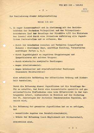 """""""1. Durchführungsbestimmung zum Befehl 11/66"""": Verhinderung der Gefährdung der öffentlichen Ordnung durch Jugendliche"""