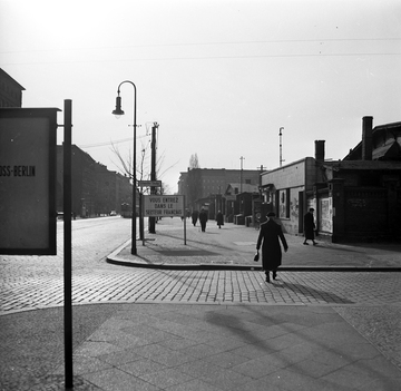 Fotodokumentation der Grenze entlang der Bernauer Straße vor dem Mauerbau